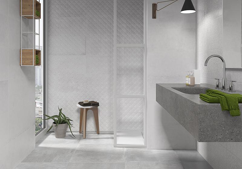 Azulejos en tono gris. Un color de moda para tu baño.